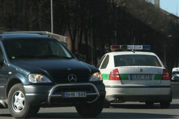 Karas Lietuvos keliuose baigsis, įsitikinusi policija