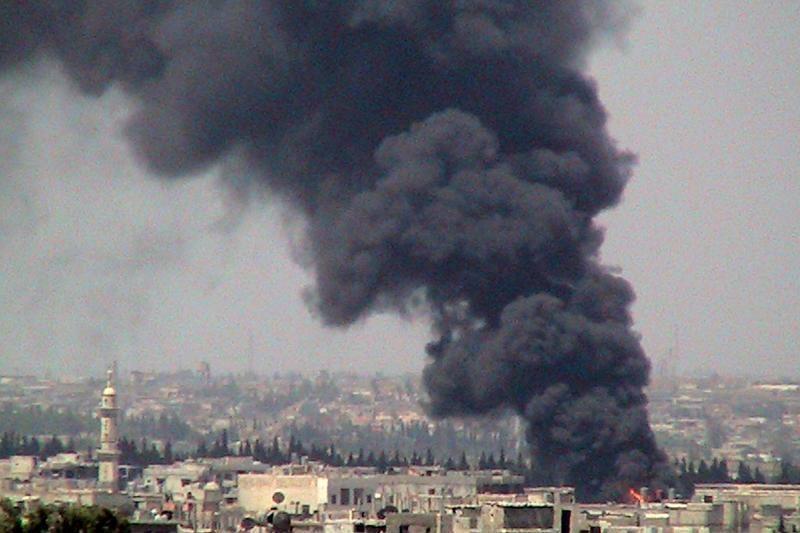 """V.Putinas: Vakarų šalys turėtų """"iš naujo įvertinti"""" požiūrį į Siriją"""
