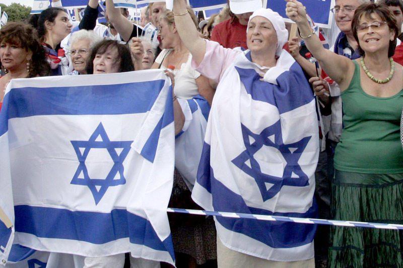 """Vengrijoje - skandalas dėl politiko pareiškimo apie """"žydų sąrašą"""""""