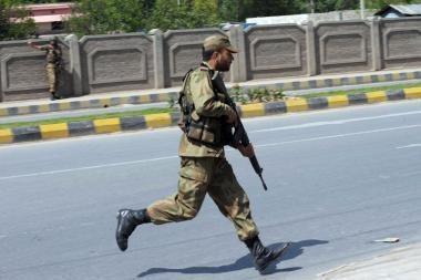 Pakistane per aviacijos smūgius kovotojų stovykloms žuvo 55 žmonės