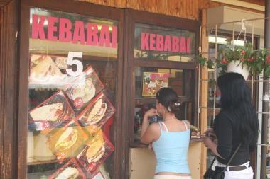 Šiauliuose dėl grubių pažeidimų uždarytos 2 kebabinės
