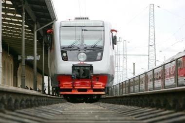 Dėl kaitros Lietuvoje vėluoja traukiniai