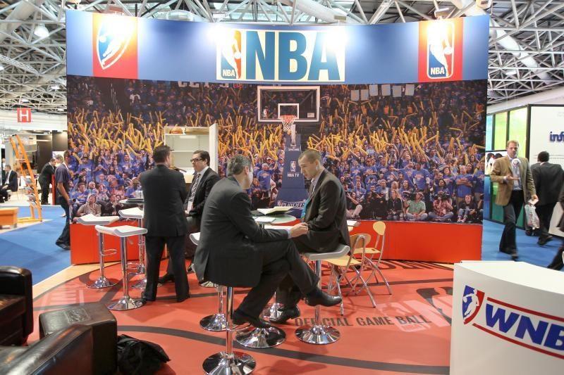 NBA lokautas: skaičiai, skaičiai, skaičiai...