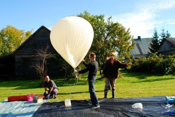 """Projektas """"GLORY I"""": lietuvio į stratosferą paleisto zondo kelionė"""