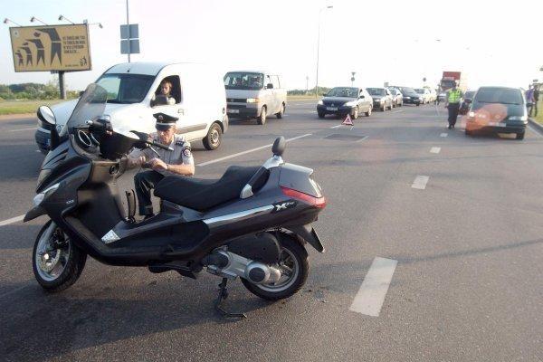 Motorolerio vairuotojui nustatytas 4,56 promilių girtumas