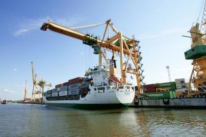 Siūlo svarstyti tris vietas naujam uostui