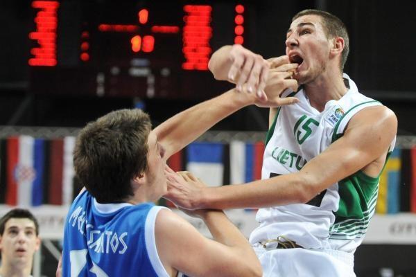 Lietuviai užtikrintai žengė į jaunių pirmenybių pusfinalį (komentarai)