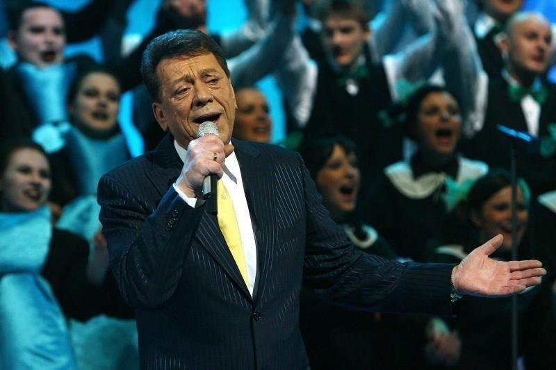 S. Povilaitis prisipažino: vien iš dainavimo gyventi yra sunku