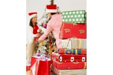 Kalėdų dovanoms išleis mažiau pinigų