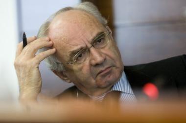 Dėl įtarimo pinigų plovimu sulaikytas Vatikano banko vadovas