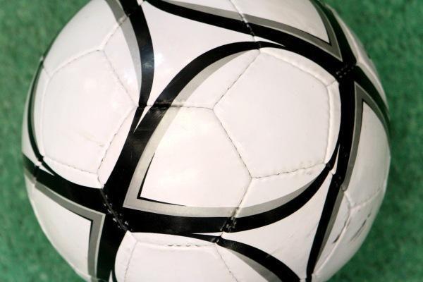 Vokietijos futbolo taurės savininkas nepateko į ketvirtfinalį