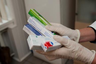 Pradėti reguliuoti vaistų antkainiai