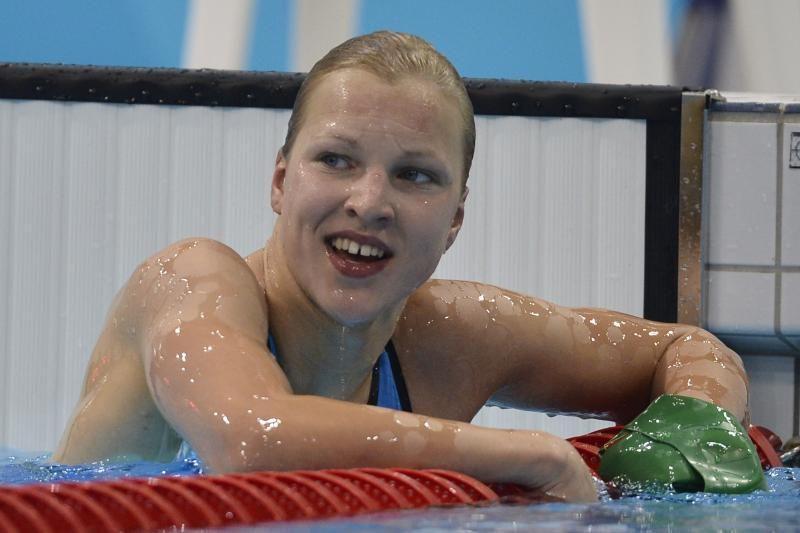 R. Meilutytė nekaip pasijuto ir atšaukė treniruotę Lazdynų baseine