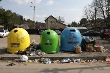 Auga baudos už netinkamą atliekų pristatymą, surinkimą, vežimą ir apdorojimą