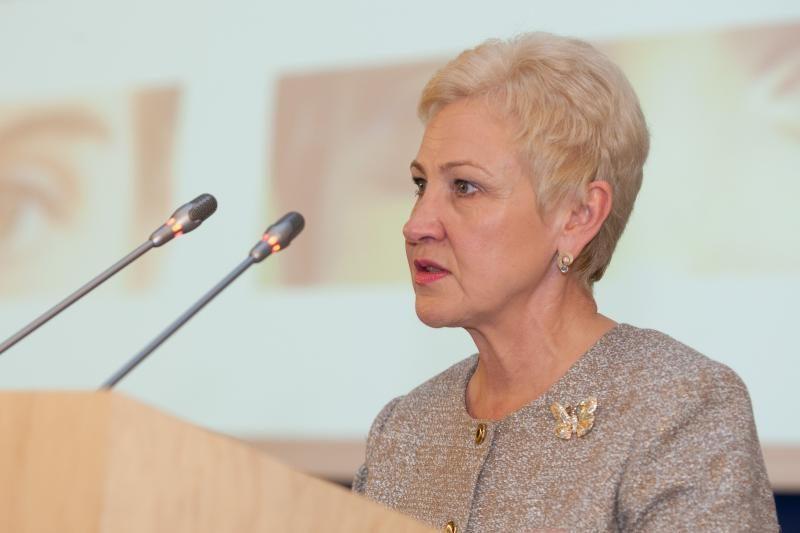 I.Degutienė per pirmąjį Seimo posėdį ragino neišlaidauti