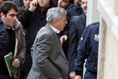 Turkijoje suimti dar 11 valstybės perversmu įtariamų kariškių