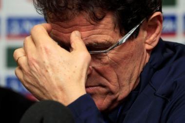 Anglijos rinktinės treneris dėl komandą lydinčių skandalų kaltina pinigus