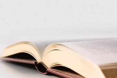Spaudos atgavimo diena: jaunieji skaitovai dovanoja žodžio šventę