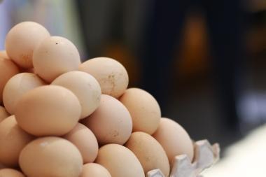 Vasarį labiausiai brango pienas ir kiaušiniai