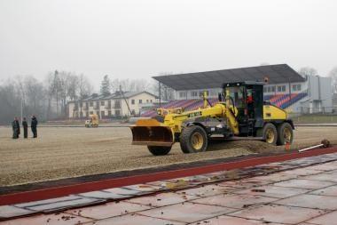 Šiemet Lietuvoje - trys naujos dirbtinės dangos aikštės