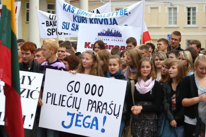 Lenkija: Lietuvos įstatymas diskriminuoja lenkų moksleivius