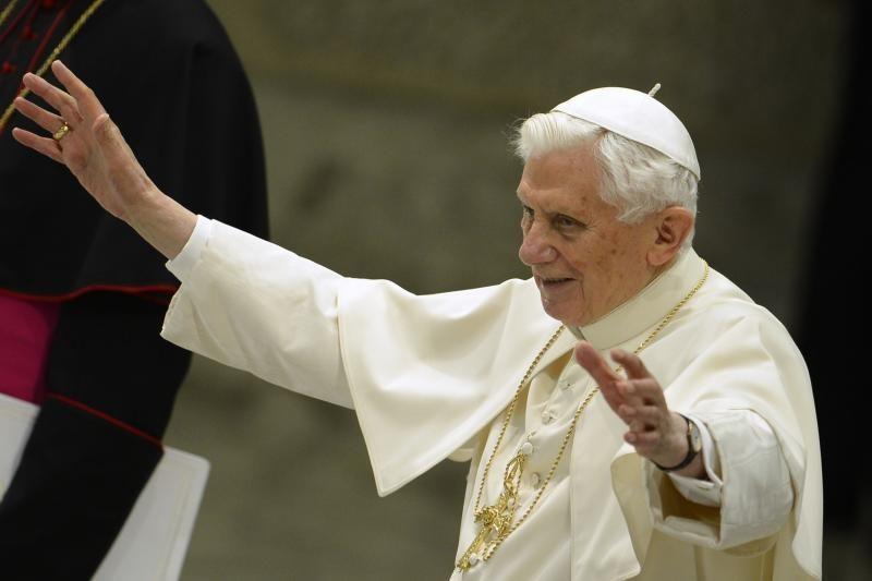 Popiežiaus atsistatydinimą lėmė ir gėjų įtaka Šventajam sostui?