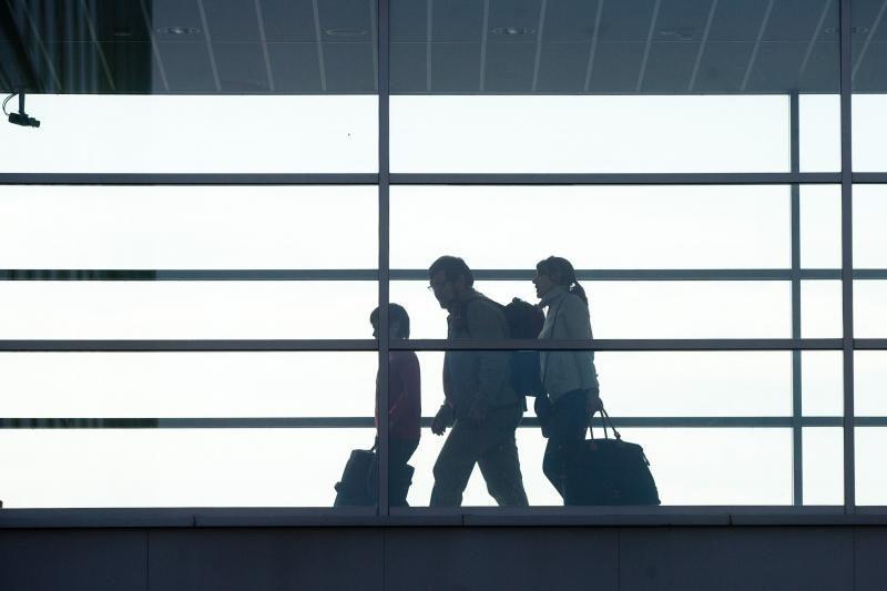 Šalies oro uostų keleivių skaičius grįžo į ikikrizinį lygį