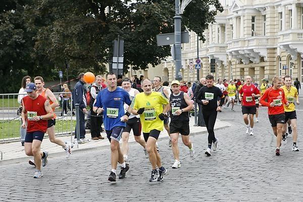 Seimas įsteigė savo taurę Vilniaus maratono dalyviams