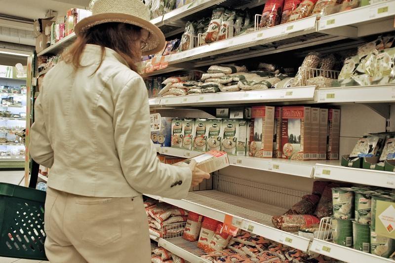 Sveiko maisto mada kol kas lenkia vartotojų piniginę