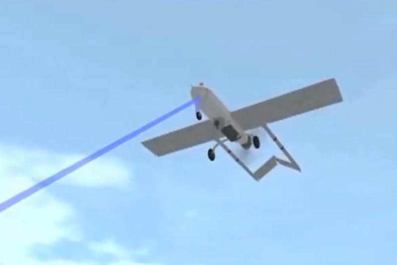 Amerikiečiai nuo Irano bepiločių lėktuvų ginsis lazeriu
