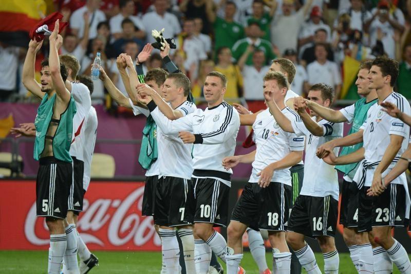Lažybų bukmekeriai čempionais regi vokiečius
