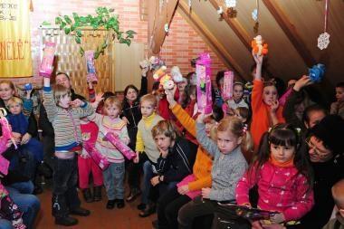 Klaipėdoje vaikams iš skurstančių šeimų - kalėdinės dovanos