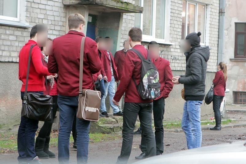 Dėl rūkančių nepilnamečių Klaipėdos savivaldybė – teisme