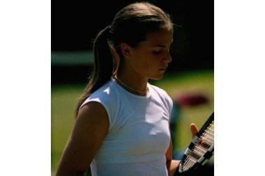Pajėgiausių pasaulio tenisininkių reitinge L.Stančiūtė jau 225-a