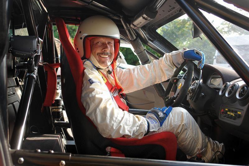 Teismas nusprendė: lenktynininkas S.Brundza negalės vairuoti pusę metų