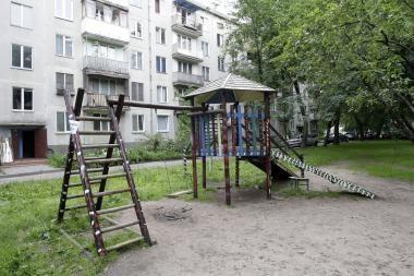 Vaikų žaidimo aikšteles prižiūrės seniūnijų darbuotojai