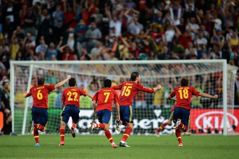 Ispanija toliau kuria istoriją: čempionai pateko į finalą