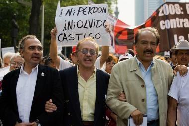 Meksikoje pagerbtos žudynių aukos