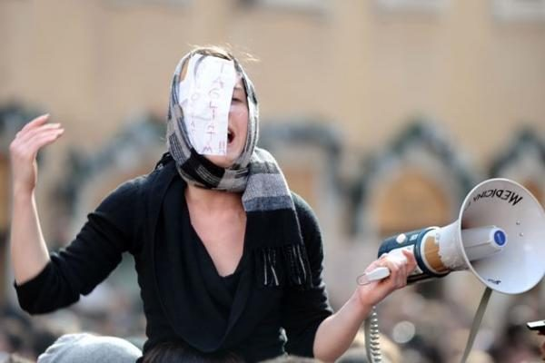 Protestuojantys Italijos studentai užėmė Pizos bokštą