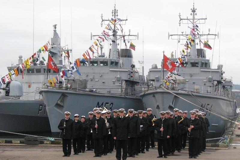 Lietuva - tarp mažiausiai į ginkluotę investuojančių NATO šalių