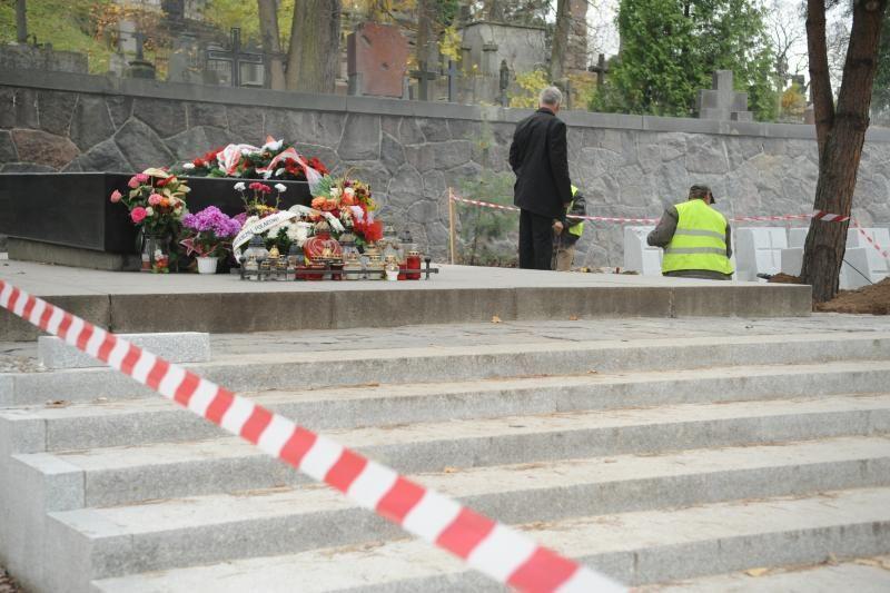 Rasų kapinėse svarstoma įrengti vaizdo kameras