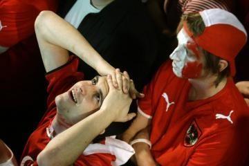 Europos futbolo čempionate mirė jau du sirgaliai