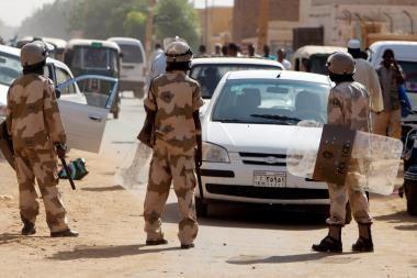 Egiptas: prie bažnyčios užpuolikai nušovė 7 žmones