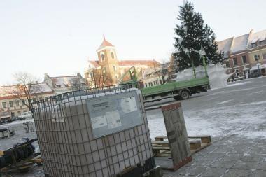Kalėdų seniai atidarys čiuožyklą Kauno rotušės aikštėje
