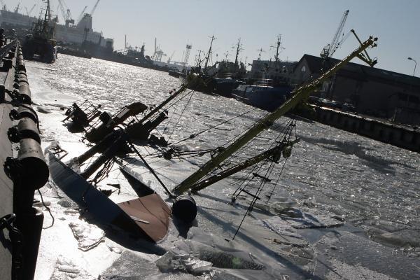 Žvejų uostelyje nuskendo laivas