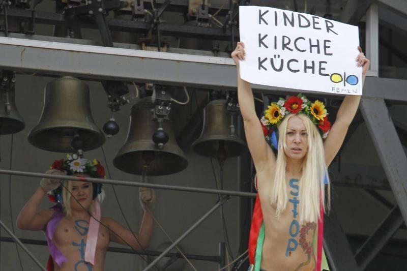 """""""Femen"""" atidarė pirmąją atstovybę užsienyje"""