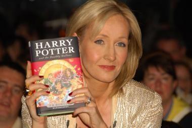 """""""Hario Poterio"""" autorė – turtingiausia pasaulio rašytoja"""