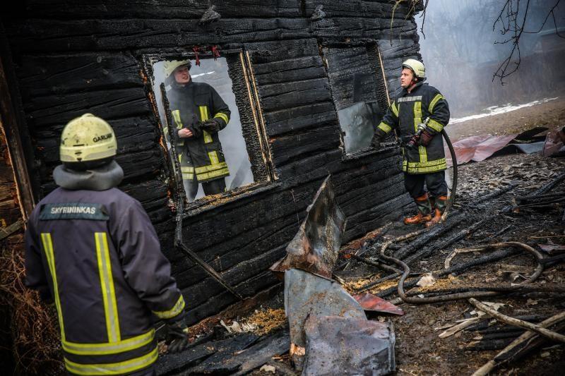 Lietuvoje penktadaliu sumažėjo gaisrų, šiemet jau žuvo 38 žmonės