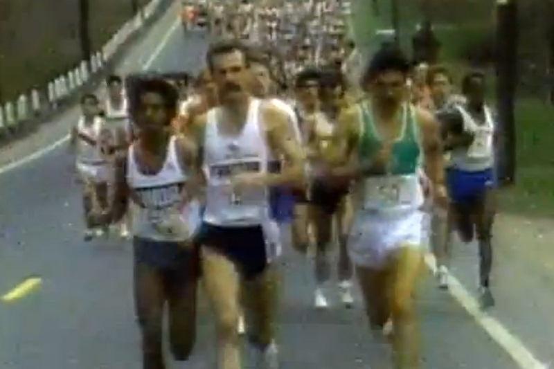 1986-ųjų Bostono maratono nugalėtojas ragina neleisti terorui užkirsti