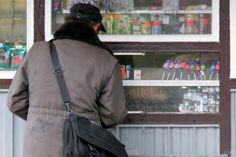 Sušilti norintys pirkėjai negavo kavos – kioskelyje užšalo vanduo
